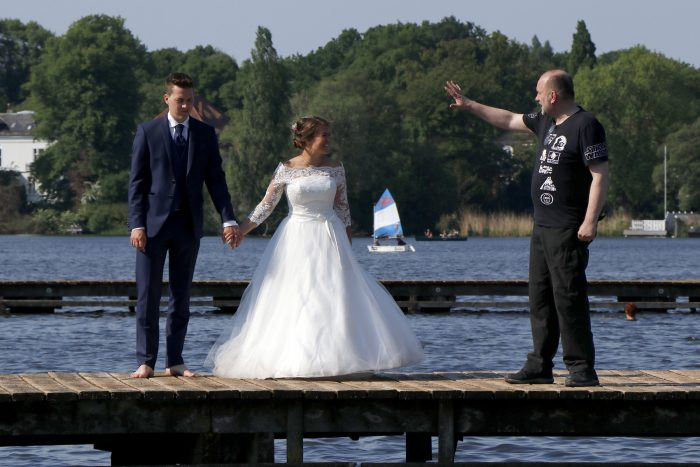 After Wedding Shooting im Wasser Lübeck